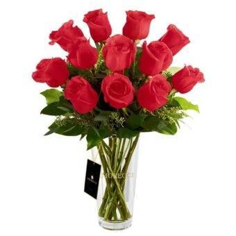 rosas con florero vidiro
