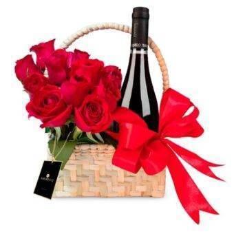 Rosas y vino Amorecci
